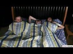 threesome at night tuparaisogay.blogspot.mx