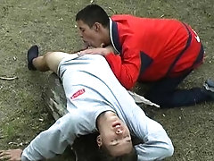 Gay oral junkie makes his mate bust a nut outdoors