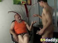 I long for that MATURE DADDY BIG DICK at work